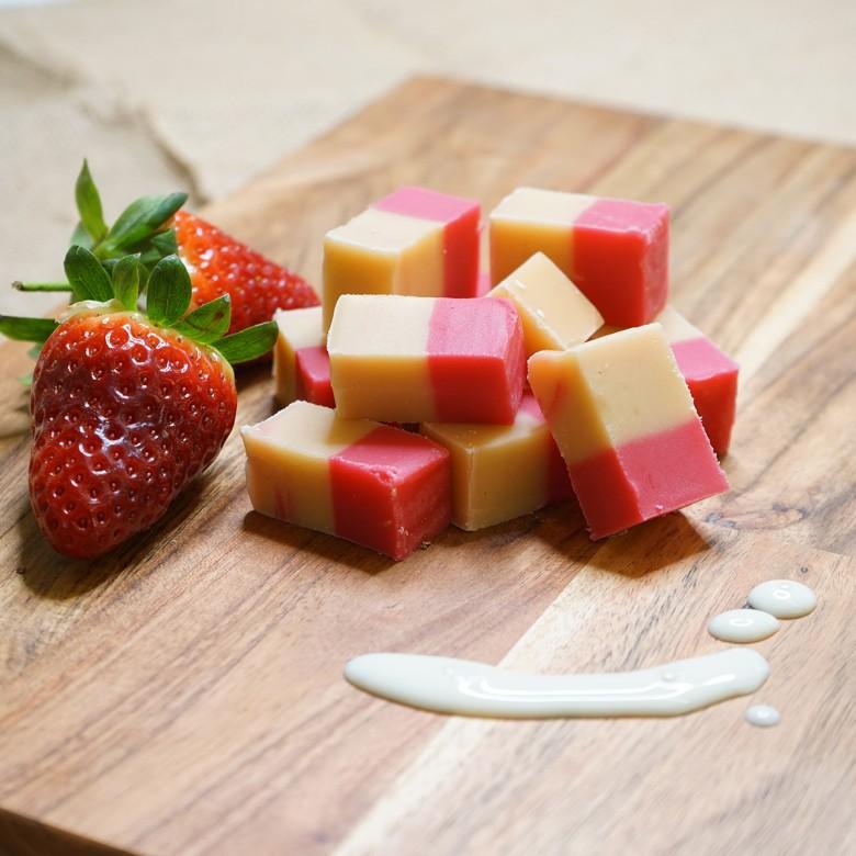 Strawberry & Cream Fudge